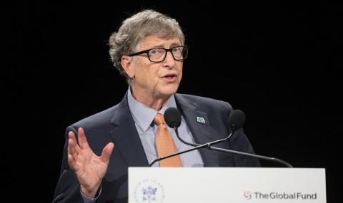 Бил Гейтс с прогноза за 2021 година и кога ще свърши К-19 кошмара