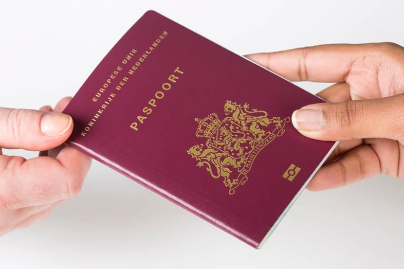 Финансови мулета използват фалшиви БГ паспорти за пране на пари