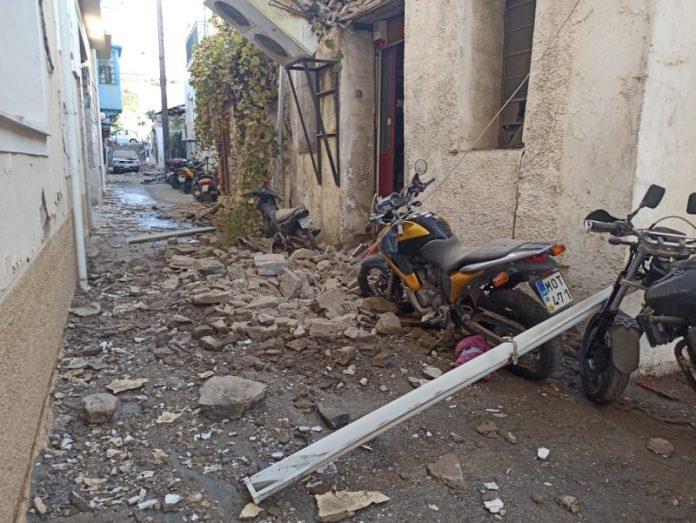 Отложиха обявяването на новите COVID мерки в Гърция заради земетресението на остров Самос