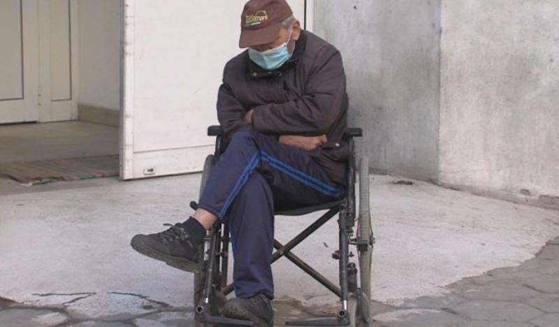 Почина 64-г. мъж, който чакаше с часове да бъде приет между двете болници в Благоевград!