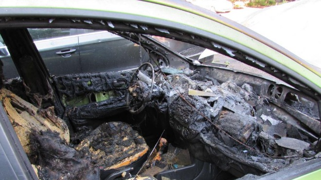 Две коли изгоряха тази вечер в София