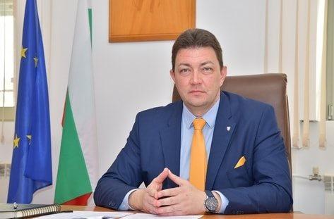 Кметът на Петрич Димитър Бръчков предлага да отпаднат наемите за месец декември за всички, които ползват общински обекти