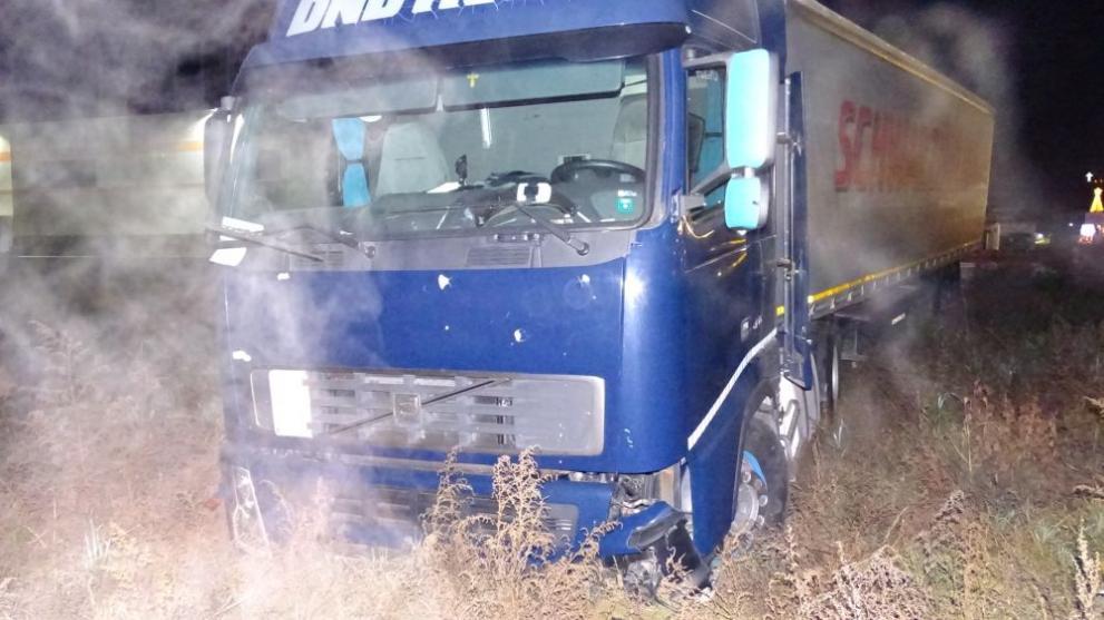 ТИР катастрофира в Благоевград, след като на шофьора му прилоша