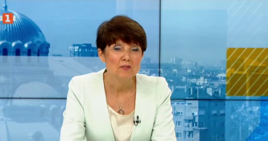 Пулмологът д-р Ангелова: Не търсете лекар, ако имате температура. Тревожният симптом е задухът