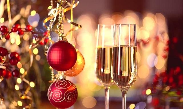СЗО: Празнувайте в тесен кръг и без големи семейни тържества