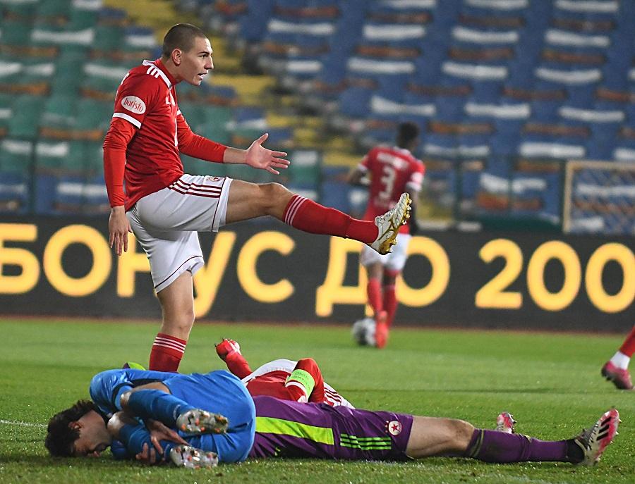 """1:0 за ЦСКА срещу """"Левски"""""""