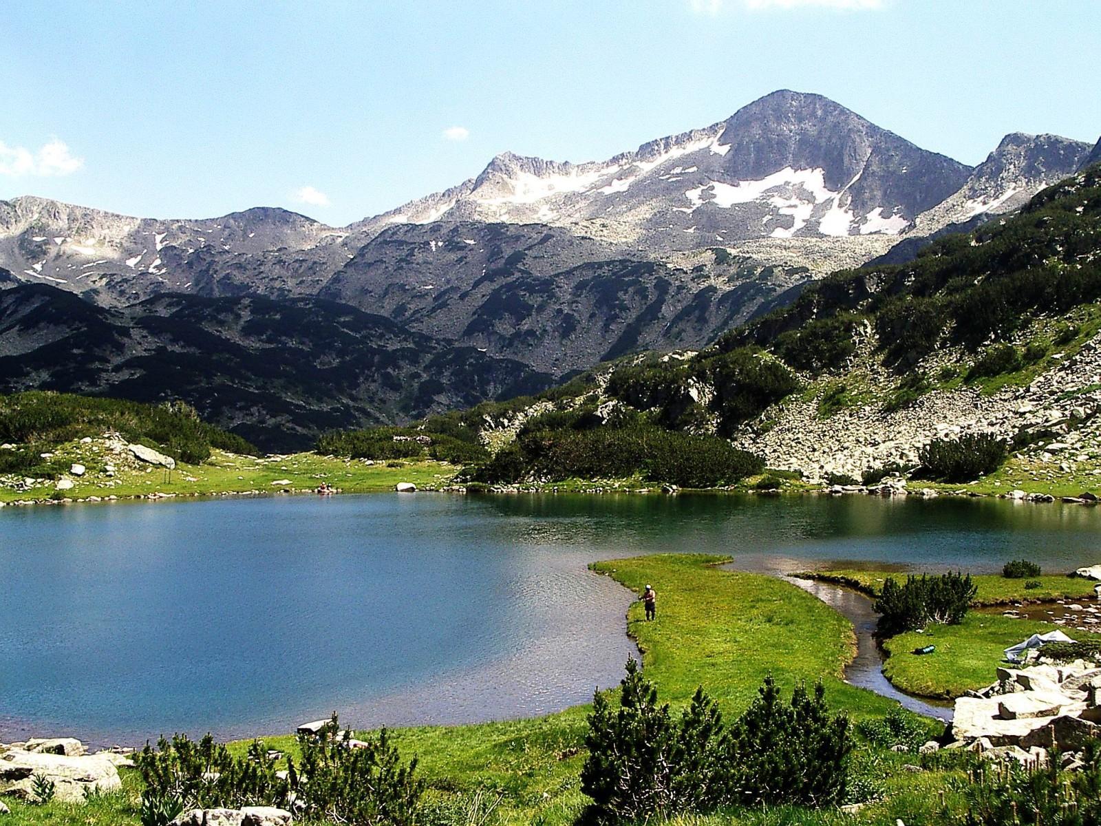 На 11 декември се отбелязва Световният ден на планините