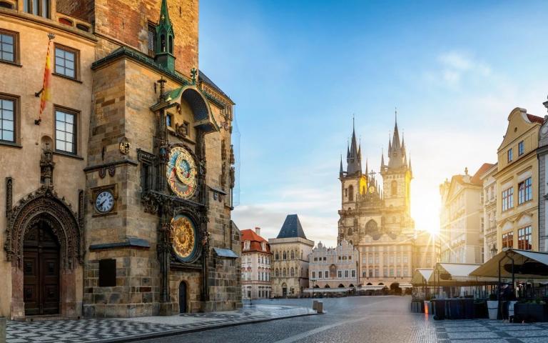 Гонят българи от жилищата им в Чехия