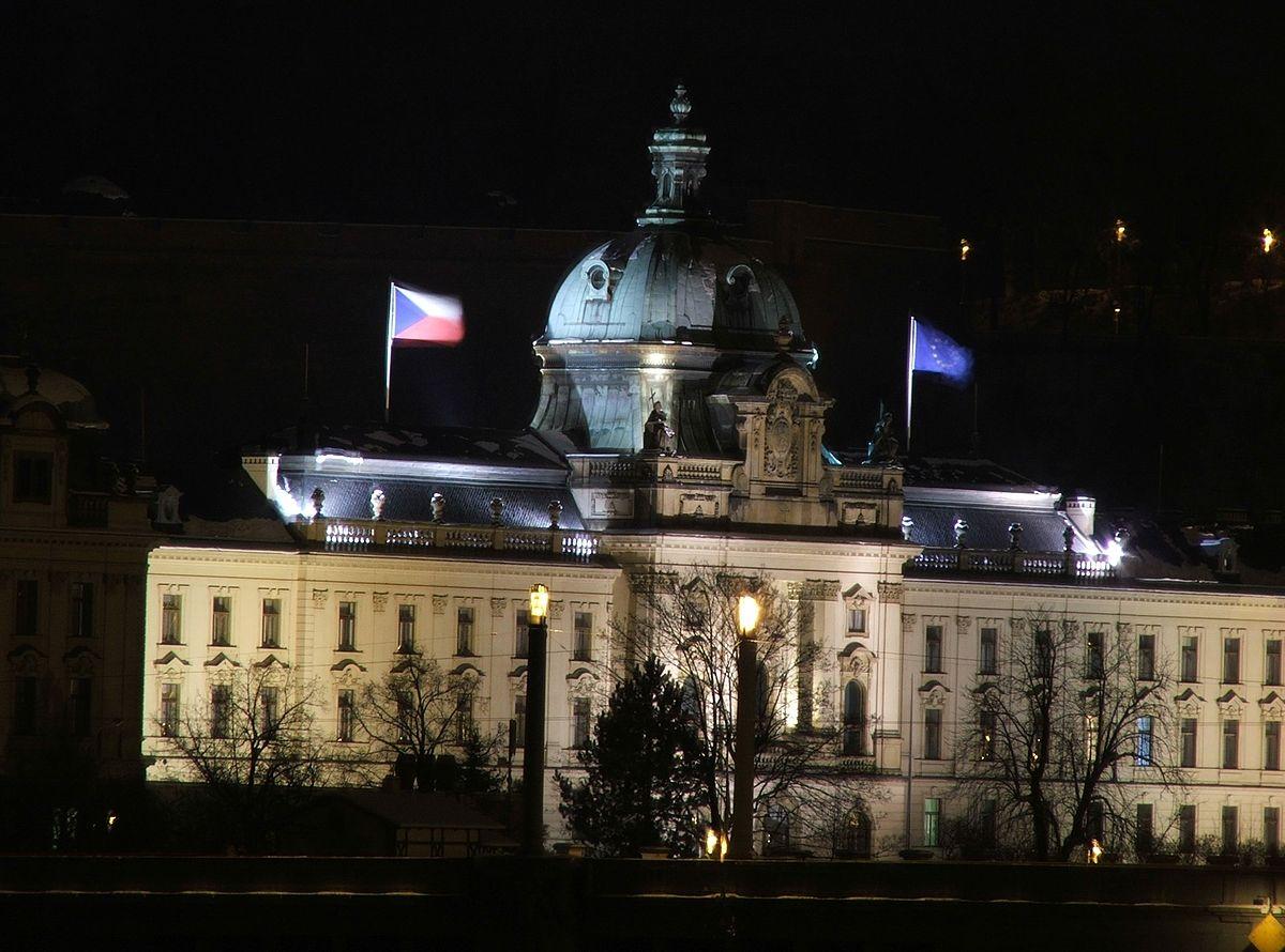 От МВнР съобщават, че Чехия затваря границите си за чужденци от утре, 30 януари 2021г