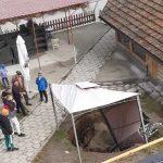 Пропадания на земята в центъра на Елешница притесняват жители на разложкото село