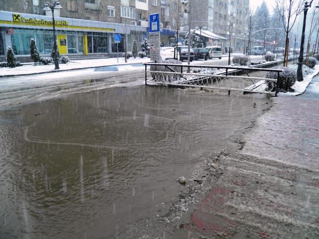 Обстановката в Община Разлог в момента е спокойна, няма извънредни ситуации във връзка с обилните валежи
