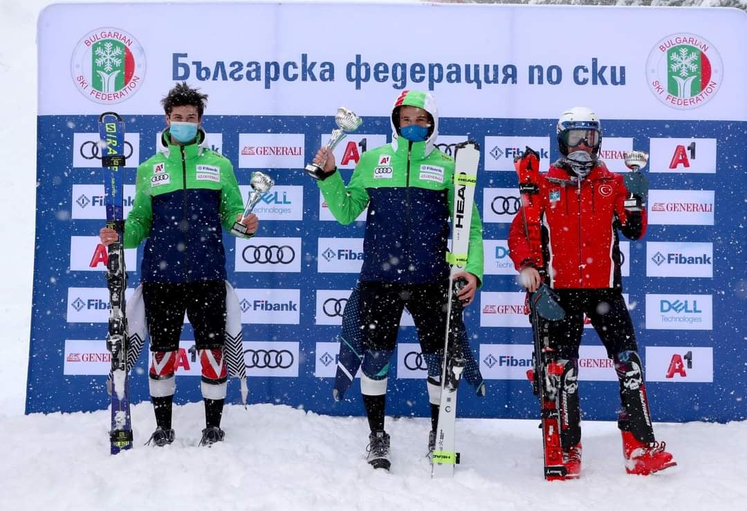 """Алпийците на СК """"Юлен"""" и СК """"Банско"""" се представиха блестящо за купа """"Бороспорт"""" и купа """"Пампорово"""""""