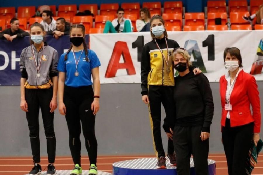 Михаела Иванова от Симитли грабна сребърен медал на Републиканското първенство по лека атлетика за юноши и девойки под 18 години