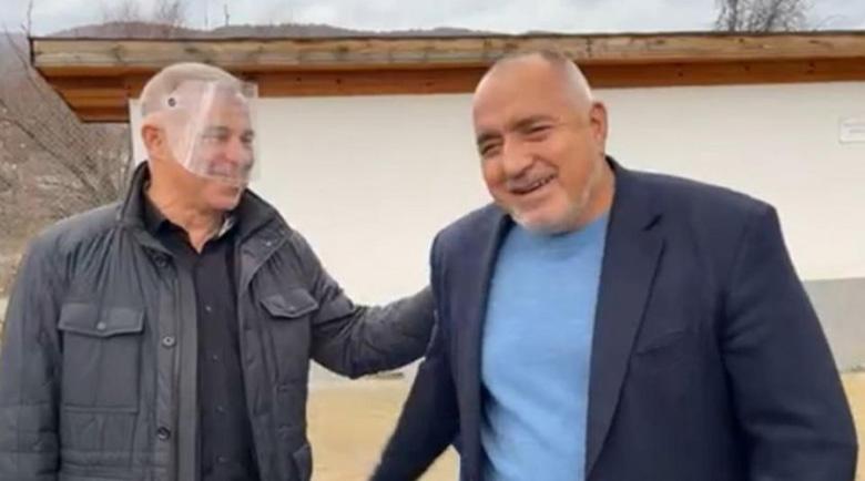 """Кметът на Симитли към Борисов: """"Твърдо зад вас сме""""!"""