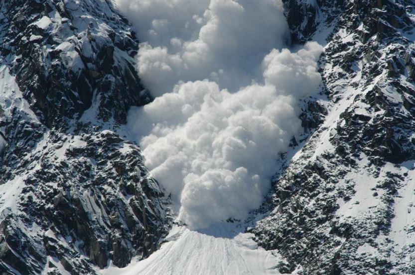 Голяма лавина е паднала тази сутрин в района на Безбог в Пирин