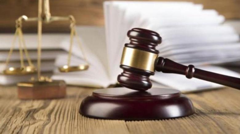 Обвиняем за влизане в чужд имот и отправяне на закана с убийство в Разлог е предаден на съд