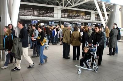 28 296 българи, които са работили в чужбина, са търсили работа у нас през миналата година и са се записали в бюрата по труда в страната