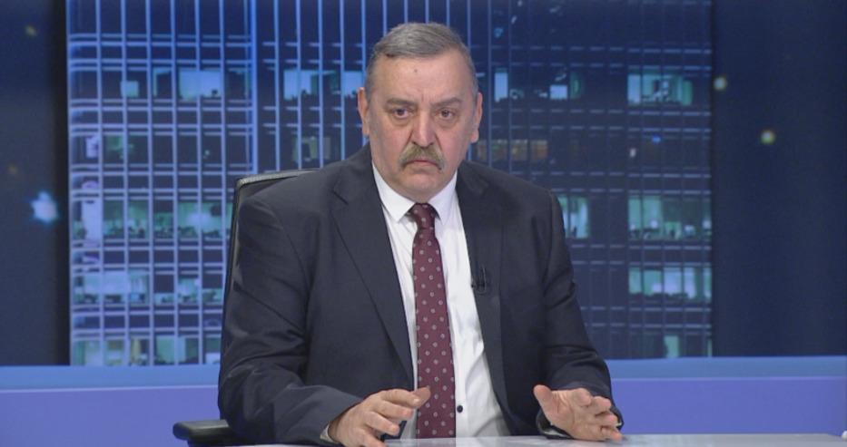Кантарджиев: Има 8 българи с характеристиките на новия вариант на английския щам