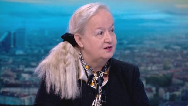 Алена вещае: Хаосът продължава, задават се пак предсрочни избори
