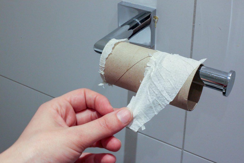 Задава се дефицит на тоалетна хартия в цял свят