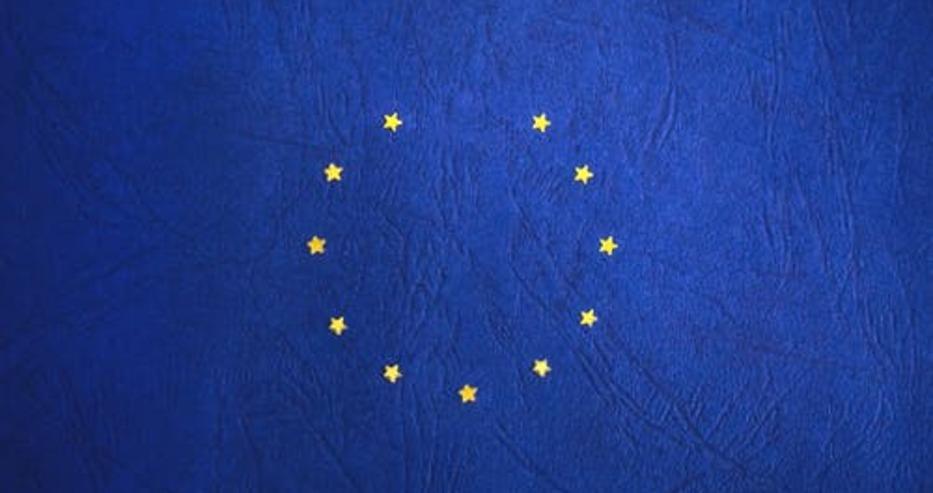 В Европарламента обсъждат предложението за създаване на зелените ваксинационни сертификати