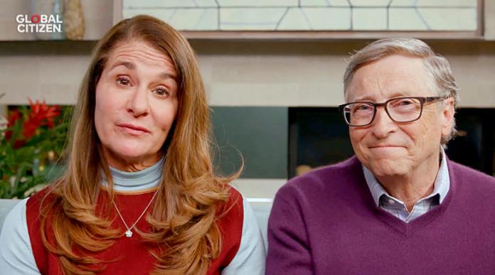Бил Гейтс прехвърлил $1,8 млрд. на Мелинда заради развода