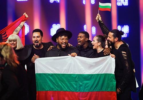 България се класира на финала на Евровизия!
