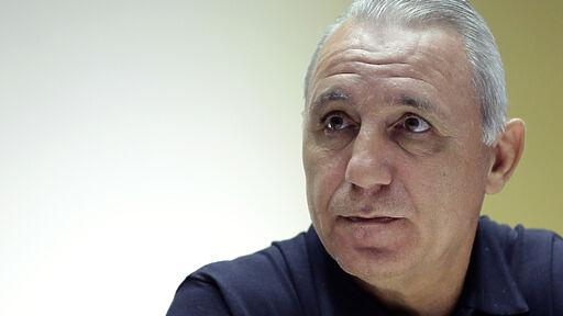 Христо Стоичков е болен от вирус