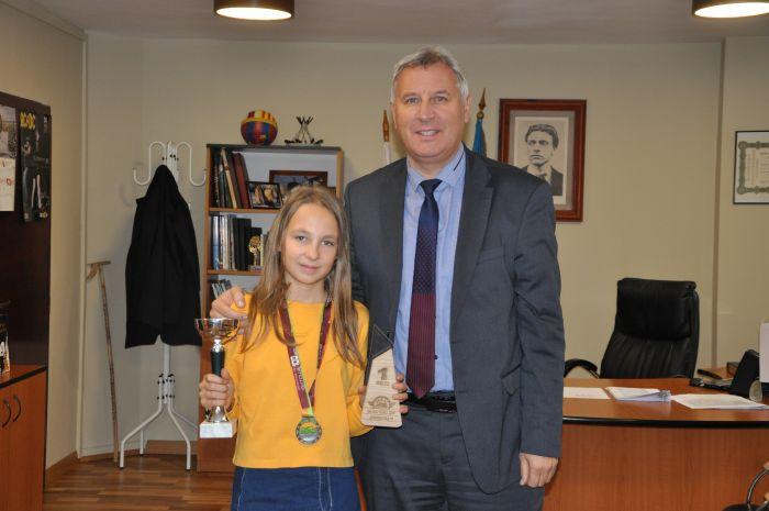 13-годишната Йоана Вълканова спечели 100-километровата велообиколка на Витоша