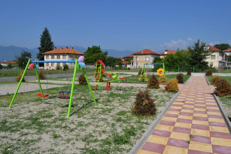 Изграждат парк в гърменското село Огняново