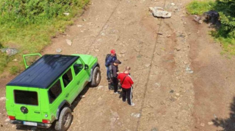 Полиция и жандармерия със съвместна акция срещу джиповете на Седемте рилски езера