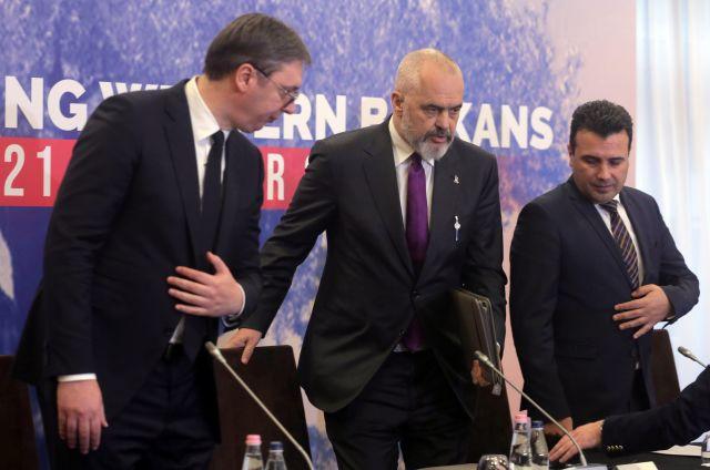 """""""Мини Шенген"""": Падат граници на Балканите"""