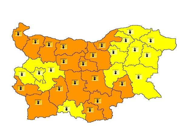 Oранжев код за 16 области в страната