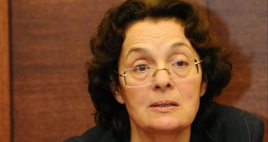 Коларова: Ако другите партии подкрепят ИТН, все едно подписват празен чек