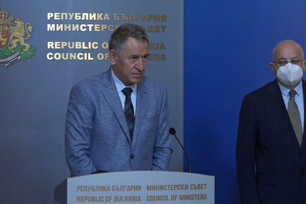 Стойчо Кацаров: Няма да има вечерен час и локдаун