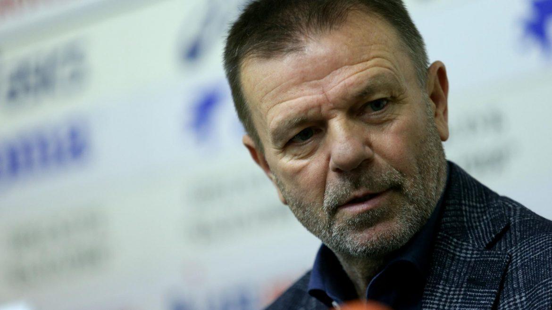 Стойчо Младенов поема ЦСКА, смениха цялото ръководство