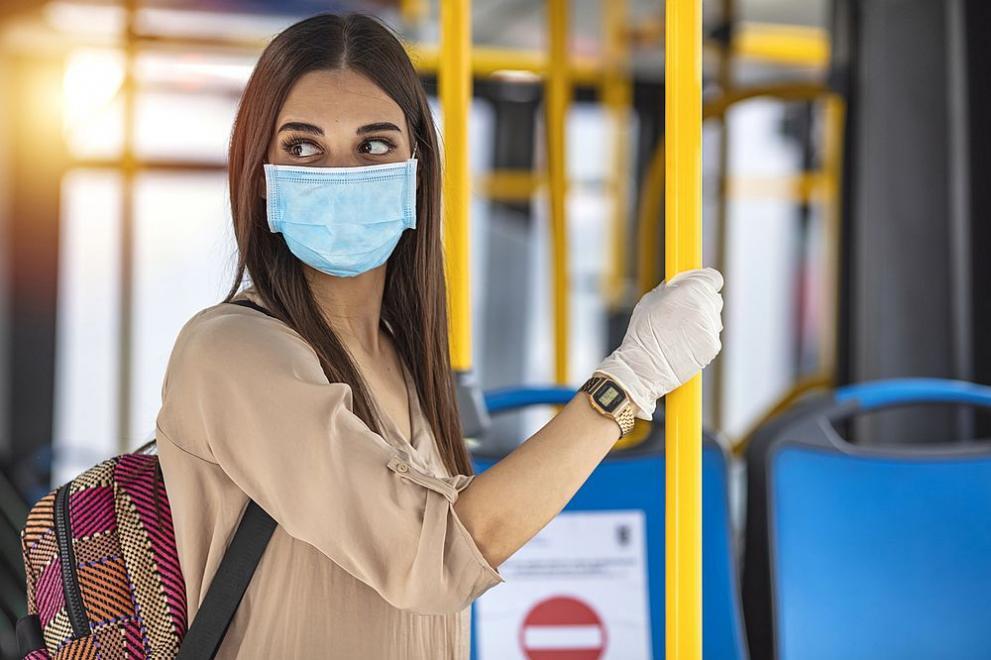 Министерство на здравеопазването припомня: Носете защитна маска и спазвайте физическа дистанция