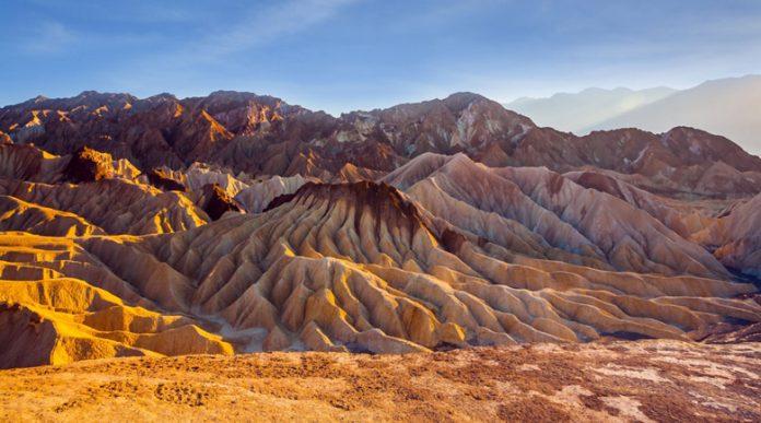 Какво е да работиш в Долината на смъртта – на 50 градуса жега