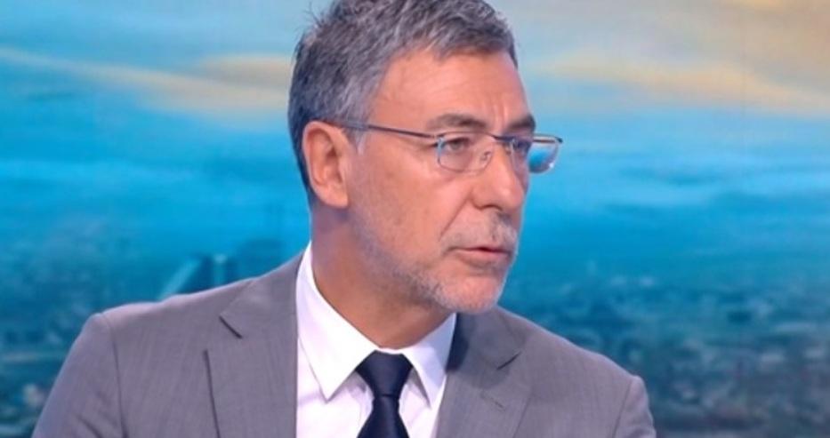 Проф. Даниел Вълчев: Няма значение усещането на Кирил Петков за гражданство, важна е процедурата