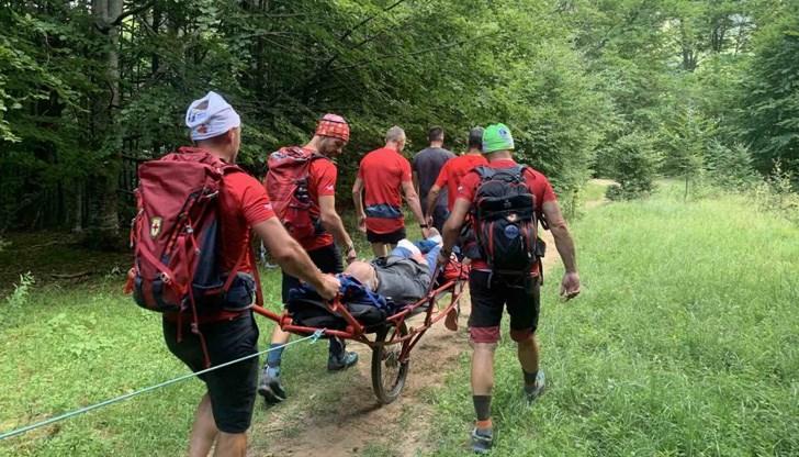 """Планински спасители помогнаха на човек с жлъчна криза край хижа """"Яворов"""""""
