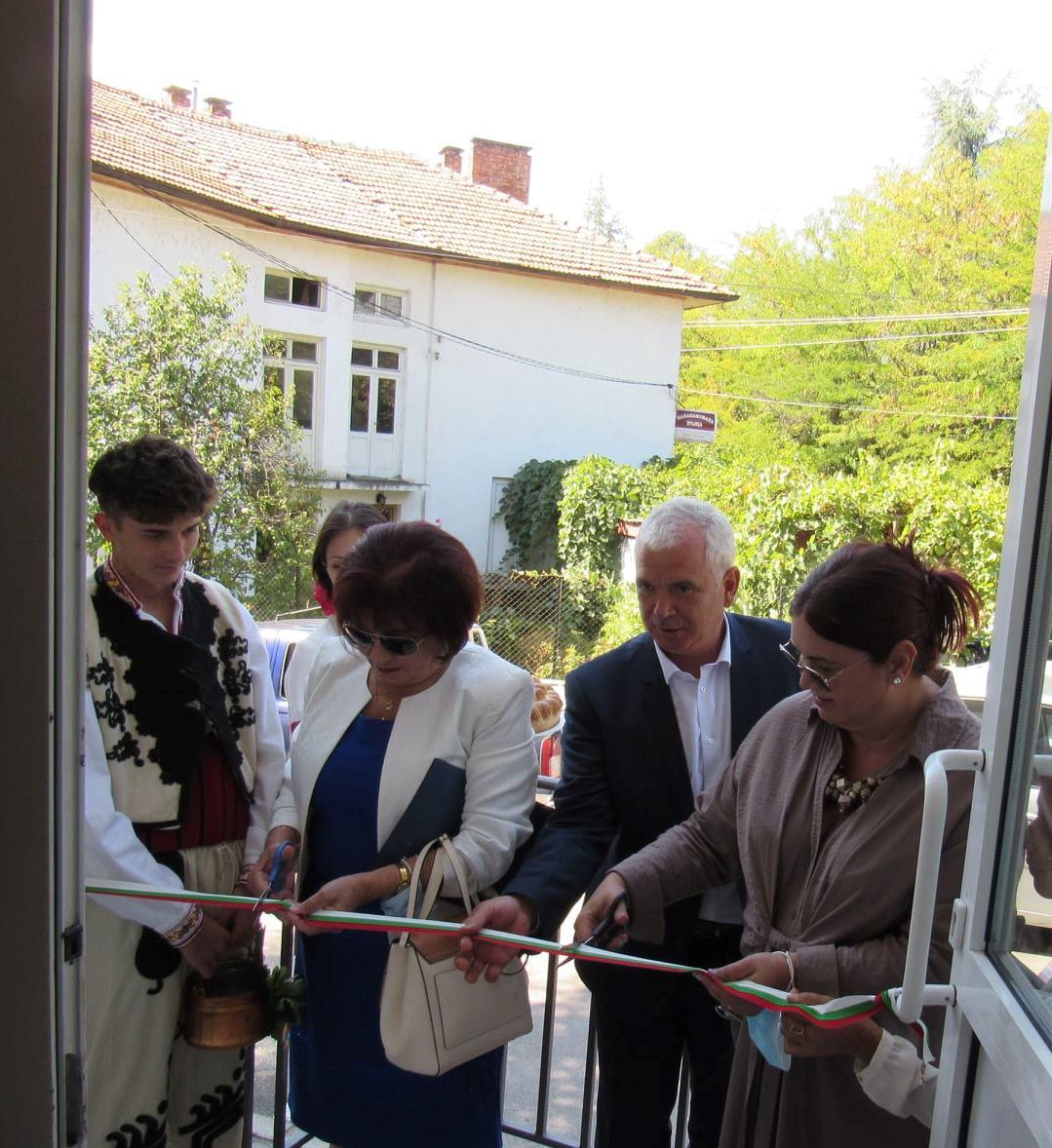 Откриха нов учебен център по туризъм в НПГ – Гоце Делчев
