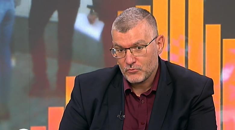 Проф. Момеков: Подаряват на дъщерите си гърди, а не искат да се ваксинират